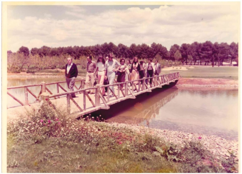 historia_hoyo-7-lagos-con-gente.jpg